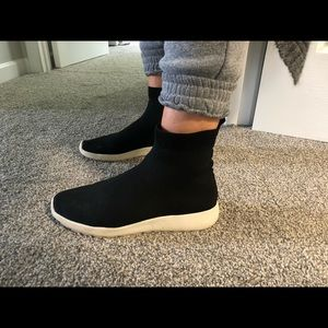 Women's black slip on athletic shoe